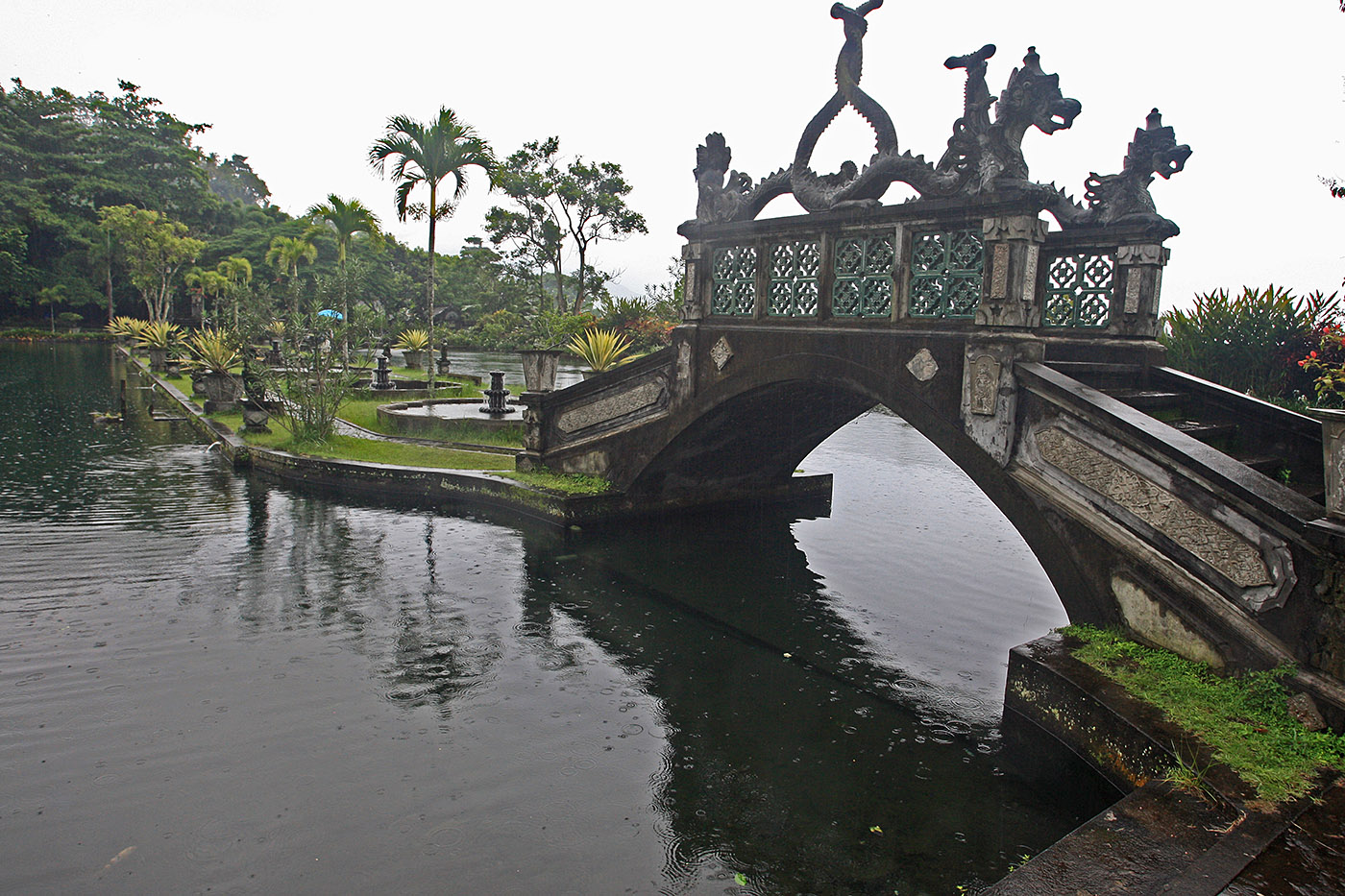 Tirta Gangga Bridge